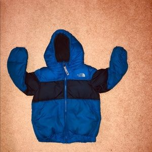 North face down puffer jacket 4t